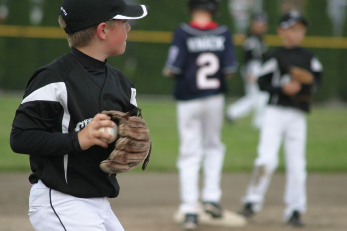 Know What to Expect: A Budget for Middle Division Little League Parents
