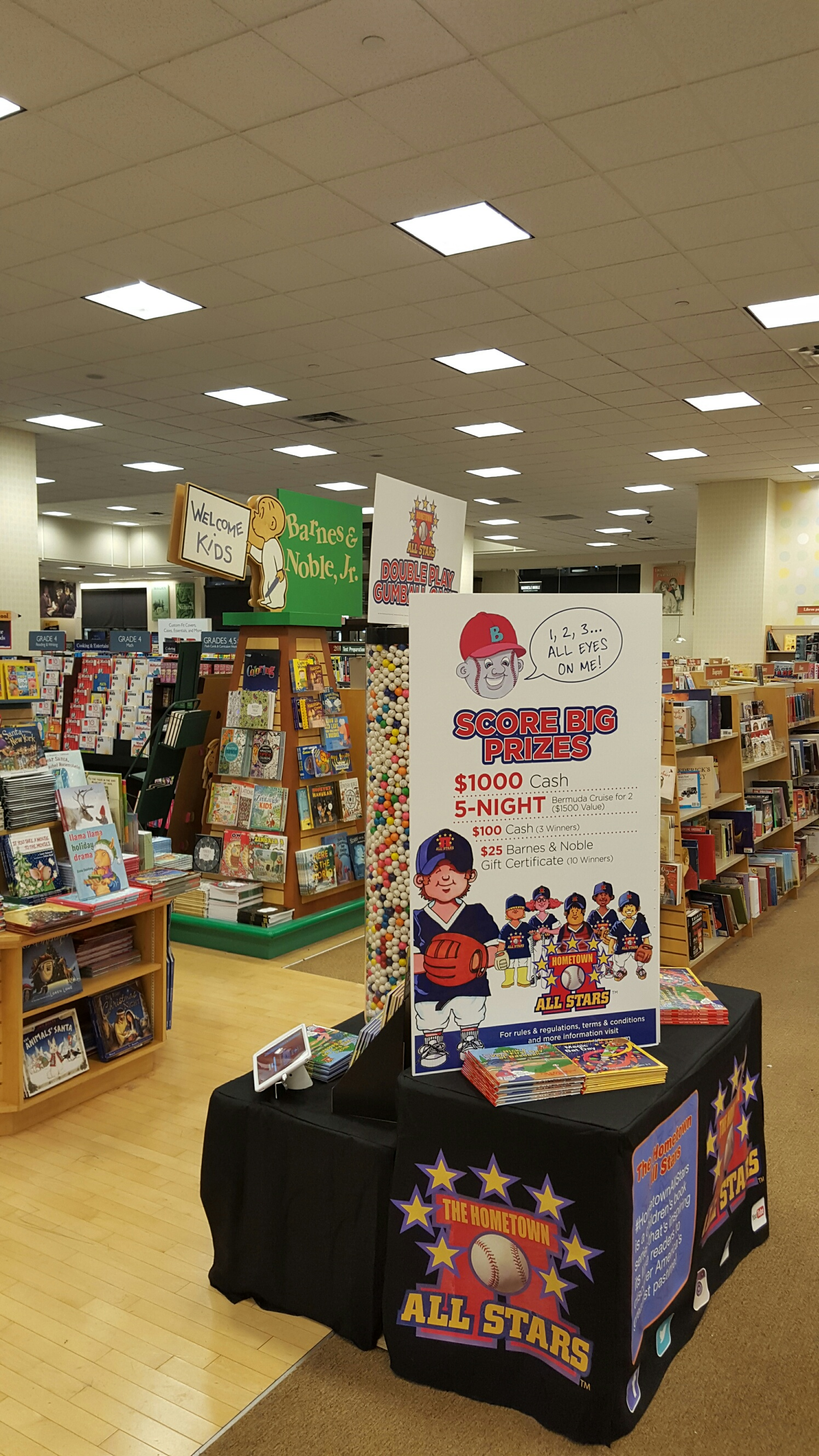 Contest at Barnes & Noble